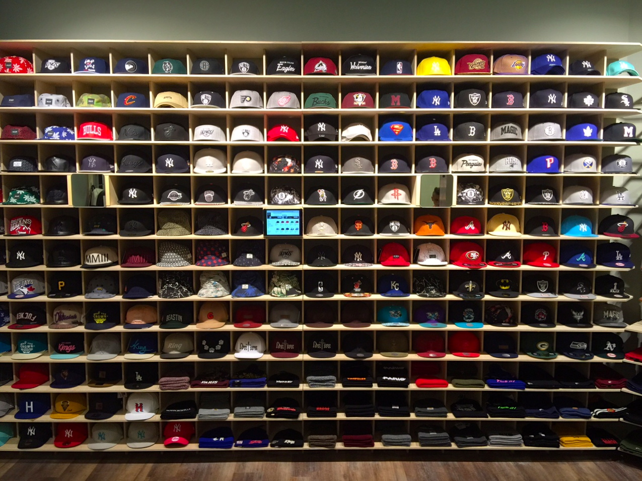 CRAY Hats Stuggi 3
