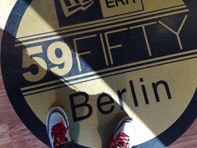 new-era-flagship-store-berlin-capaddicts