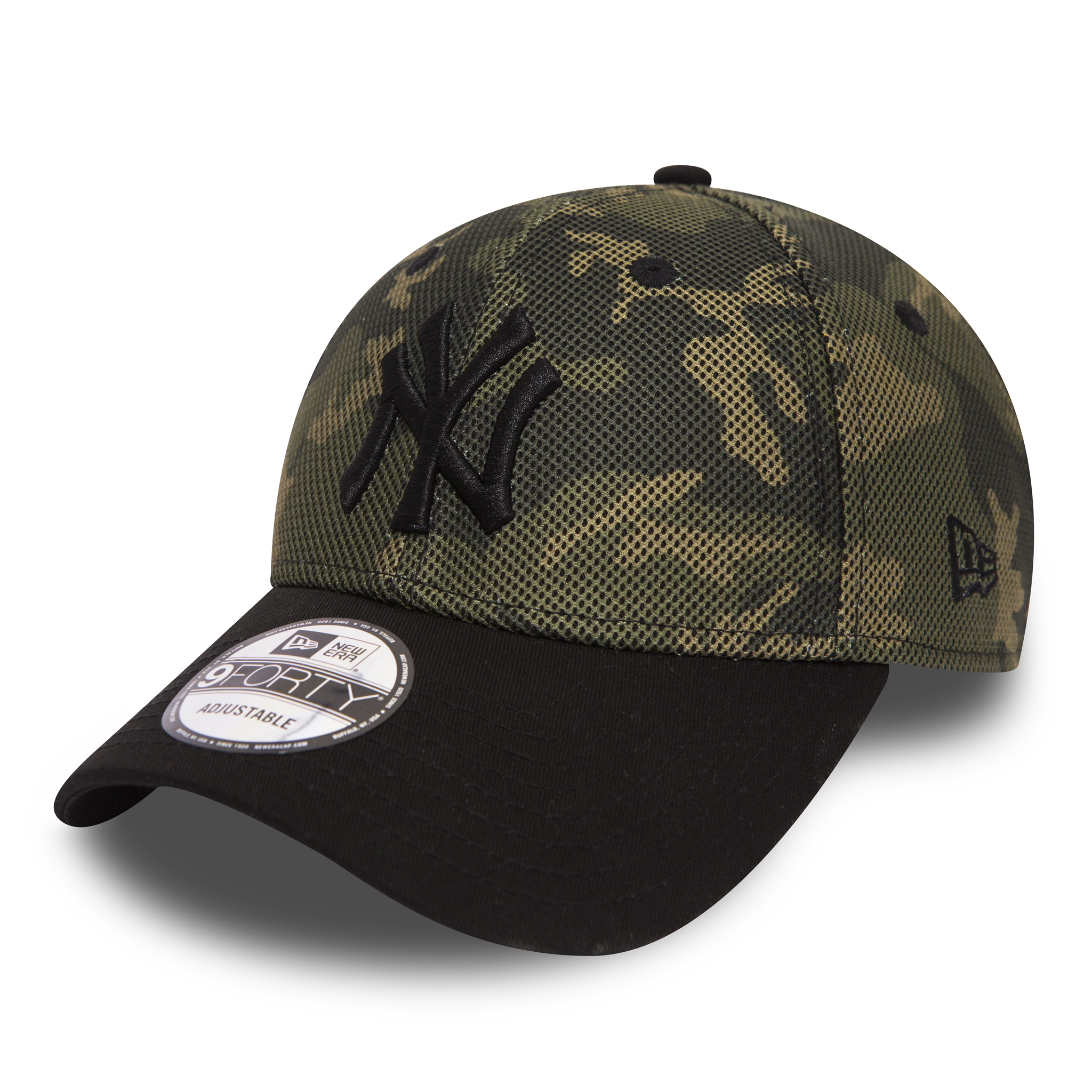 MESH OVERLAY 9FORTY. NEW YORK YANKEES. CAMO BLACK